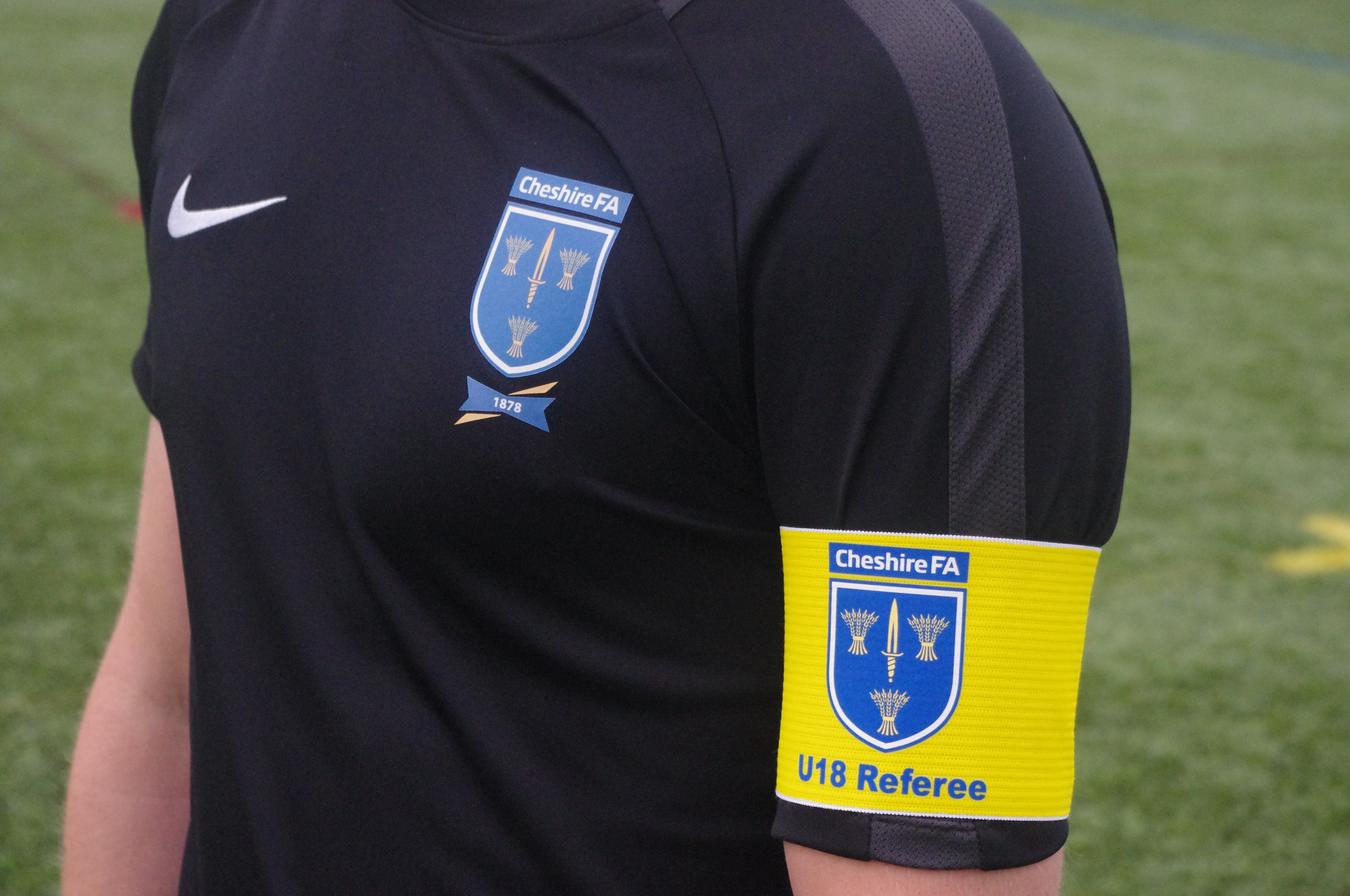 Referee Armband demonstrated