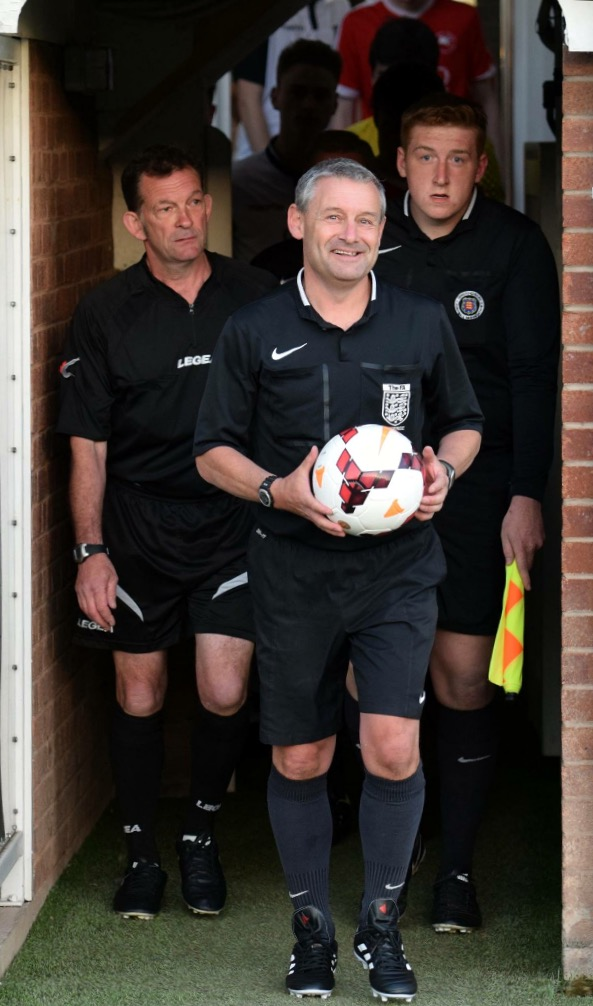 Chris Bounds reffing at Edgar Street