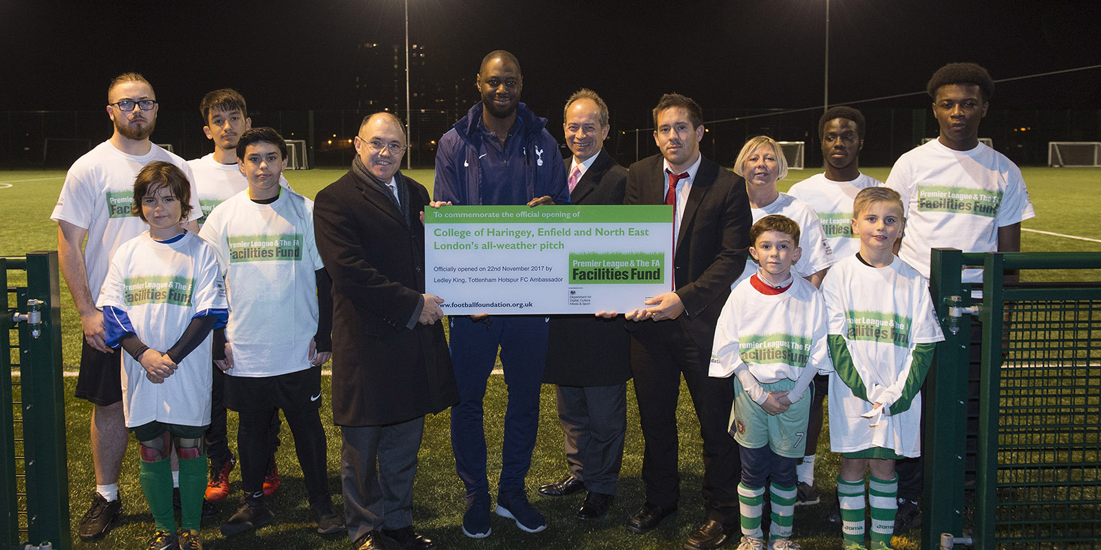 Ledley King unveils the new all-weather pitch at The College of Haringey, Enfield and North East London