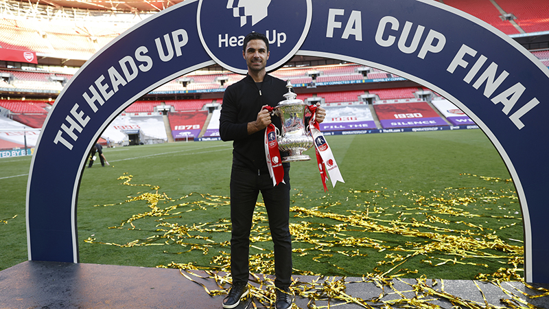 Mikel Arteta and Arsenal players react to FA Cup Final win over Chelsea