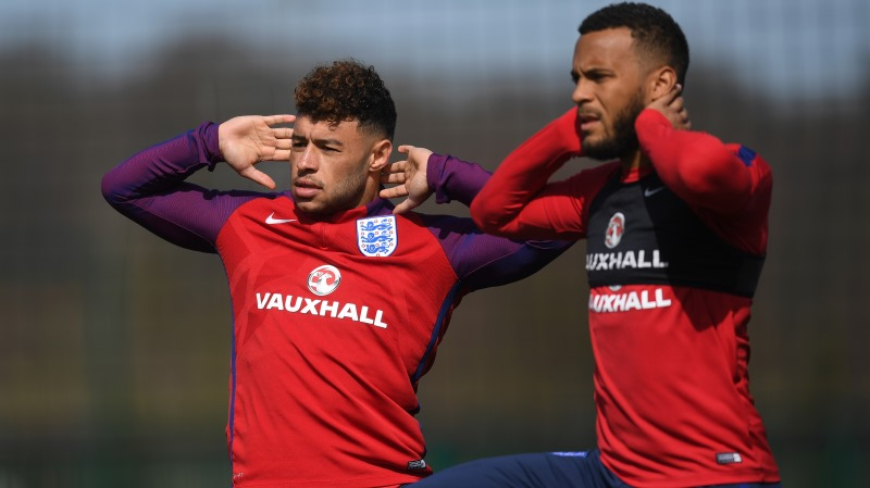 Eddie Jones a 'massive inspiration' to England squad on visit