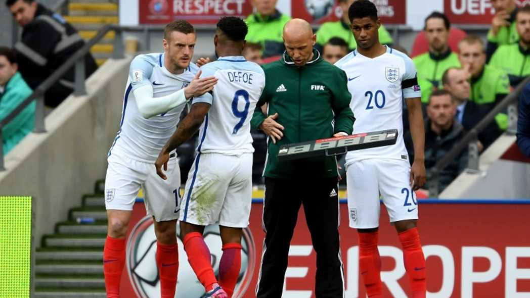 L'équipe national d'Angleterre. Vardy-defoe-800