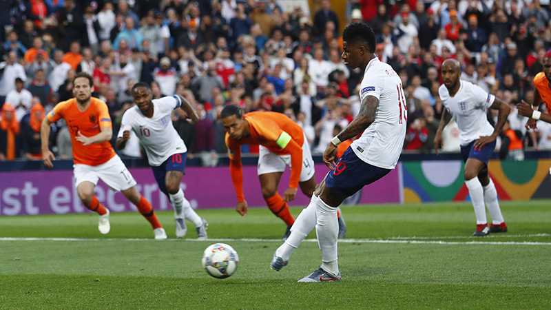 Rashford opens the scoring from the penalty spot