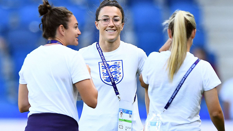 Jodie Taylor (left) and Lucy Bronze (centre) were in a relaxed move before kick-off