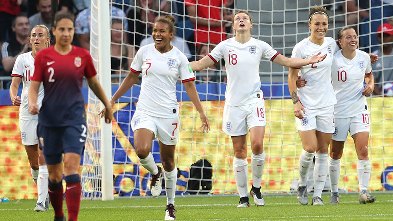 England players celebrate Ellen White's (No18) goal against Norway at France 2019