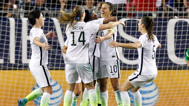 USA celebrate Crystal Dunn