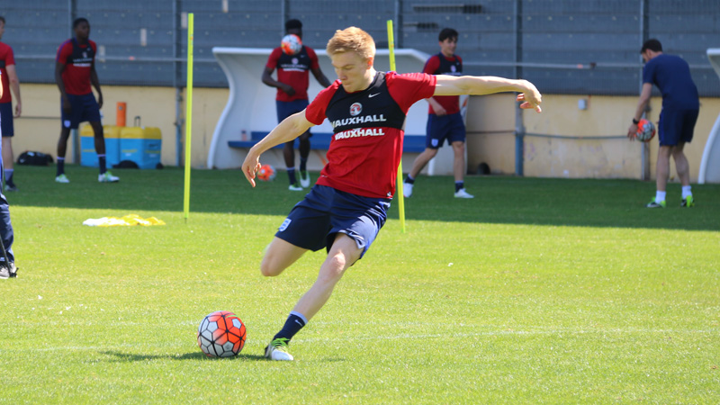 England Under-21s and Sunderland forward Duncan Watmore trains in Toulon