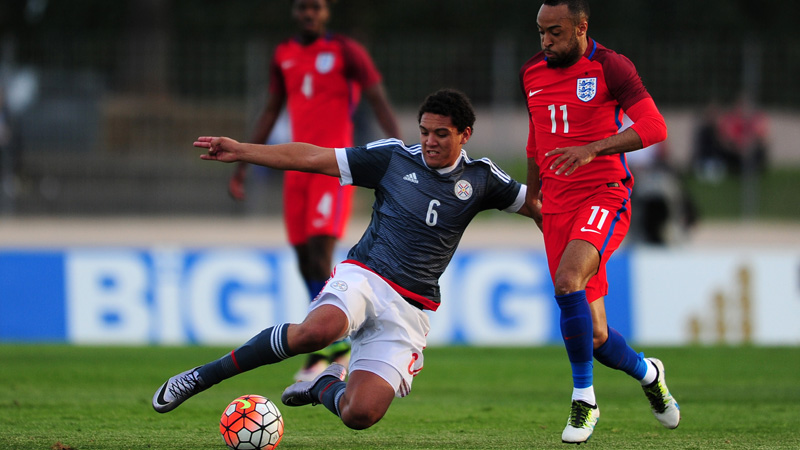 Nathan Redmond on the attack against Paraguay