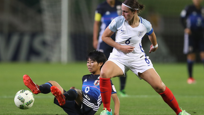Lotte Wubben-Moy in World Cup action against Japan