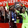 Foxes down Chelsea to claim FA Cup title