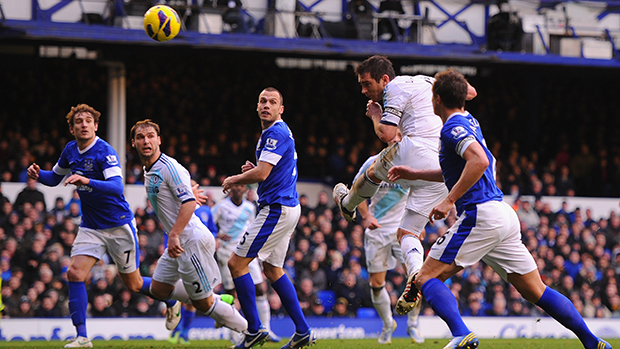 Frank Lampard scores the equaliser for Chelsea against Everton at Goodison Park