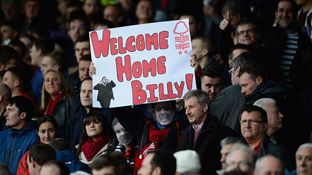 Forest fans welcome Billy Davies back to the City Ground