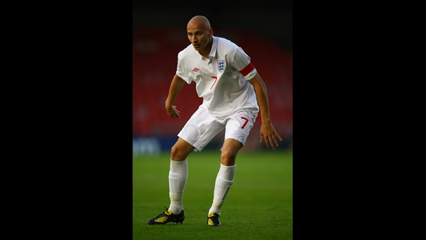 Jonjo Shelvey in action for England.