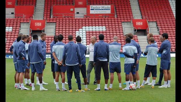 England team talk at St Mary's